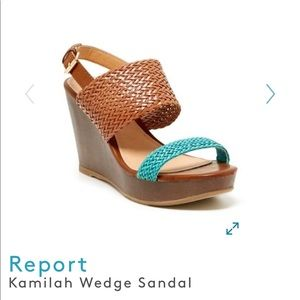 Report size 9 Kamilah wedge sandals
